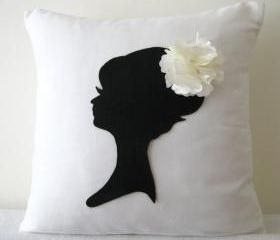 White Corner Daisy Flower Pillow