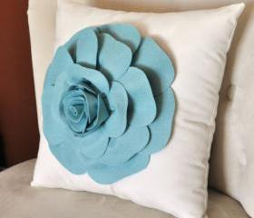 Turquoise Daisy White Flower Pillow